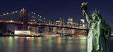 Fototapeta Nowy York - New York Skyline at night with Statue of Liberty © Cla78