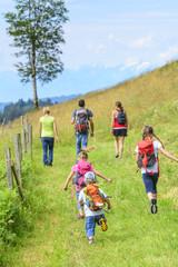 Wanderung mit der ganzen Familie