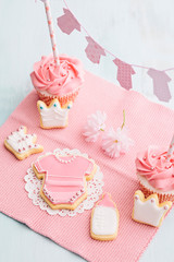 Baby shower sweet table