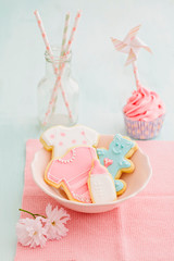 Bayb shower cupcake and cookies