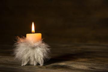 Trauerkarte oder Kondolenzkarte mit brennender Kerze