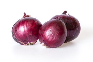 Large bulbs of red onions