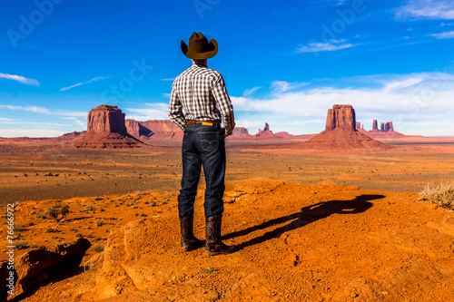 Leinwandbild Motiv lonesome cowboy