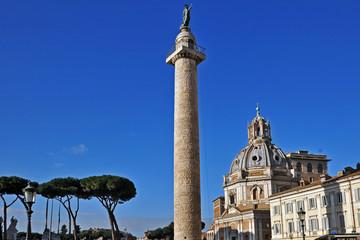 Roma i Fori Imperiali - Colonna Traiana e Santa Maria di Loreto