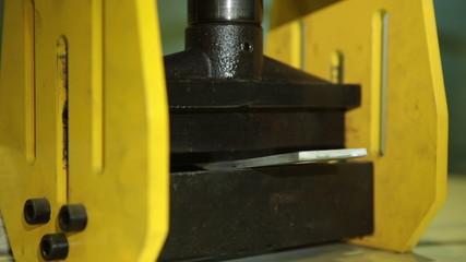 Hydraulic press closeup