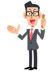 良い物を紹介するメガネのビジネスマン
