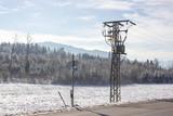 Winterlandschaft Straße Stromleitung
