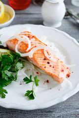Salmon Fillet with lemon and parsley