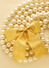Bow on white pearl