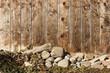 canvas print picture - Holzwand mit Steinen