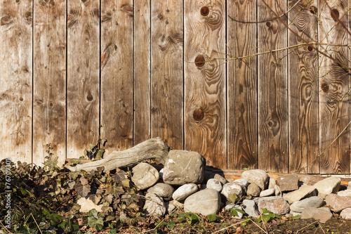 canvas print picture Holzwand mit Steinen