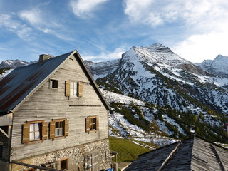 Berg- und Schutzhütte