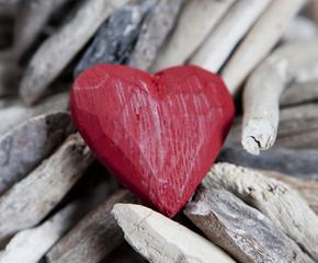 bois flotté et coeur de saint valentin