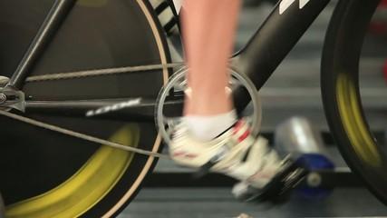 man to twist pedal stationary bike