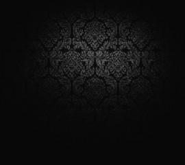 dunkle Tapete in barockem Stil.