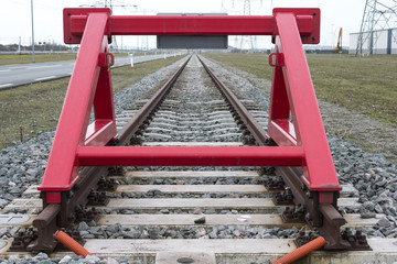 red railroad buffer