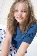 Портрет улыбчивой 8 летней девочки