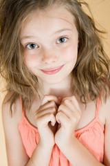 Портрет милой 8 летней девочки