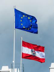 Eu-Flagge und Österreich Fahne