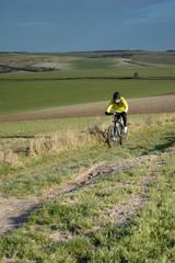 vélo dans la campagne