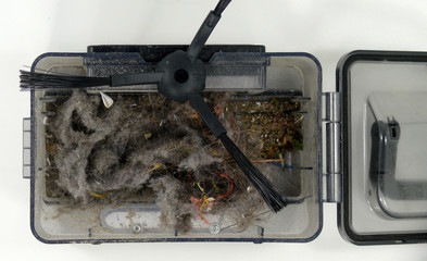 Schmutzkassette aus einem Staubsaugroboter