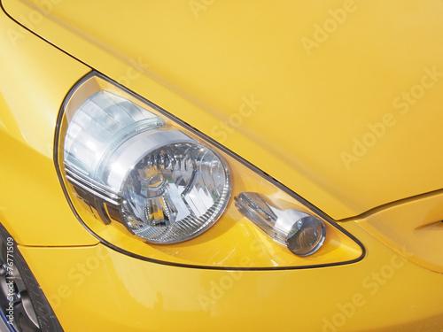 自動車 ヘッドライト