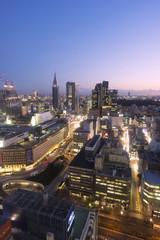 大都会東京イメージ 新宿高層ビル街から超広角で望む 新宿駅と都心全景