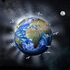 Erde, Erball  mit Mond und Satelliten  im Weltall