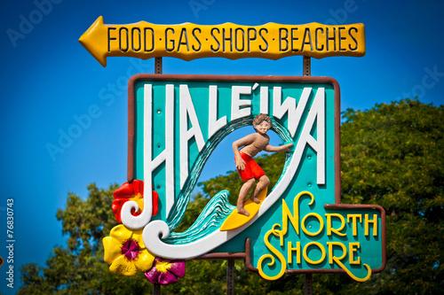 Leinwanddruck Bild Welcome to Haleiwa