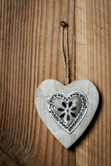 Coeur en métal et bois