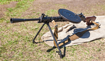 Soviet light machine gun (Degtyarev) (DP 27) (Model 1940). Used