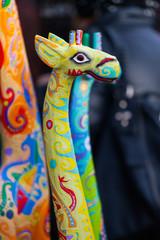Giraffe - grüne lustige Holzgiraffe