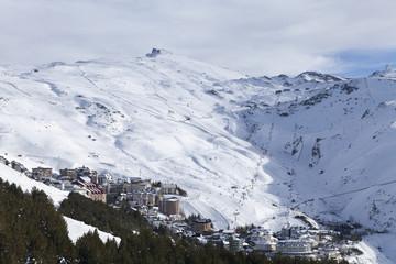 Vista de la estación de esquí de Sierra Nevada, Granada