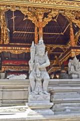 tempio di Pura Tirta Empul per il rito della purificazione