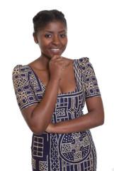 Junge Frau aus Afrika in traditioneller Kleidung