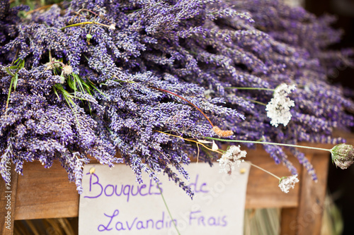 Deurstickers Lavendel Lavender bunches selling in an outdoor french market