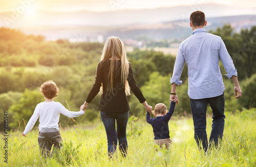 Leinwandbild Motiv Happy family