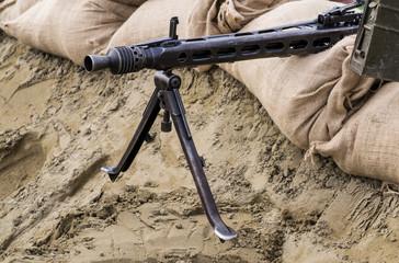 Postazione di una mitragliatrice in una trincea