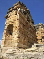руины древнего города в памуккале