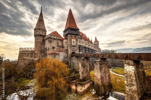 Fotobehang Oost Europa Corvinesti Castle, Hunedoara, Romania