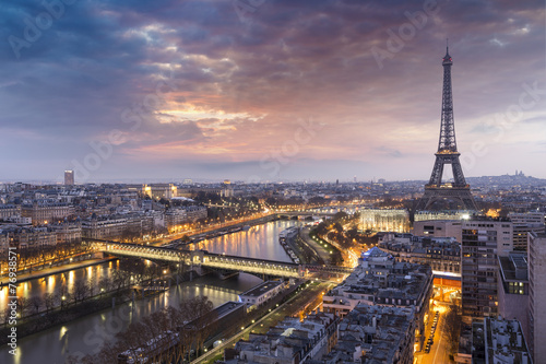 Panorama de la ville de Paris with la Tour Eiffel Poster