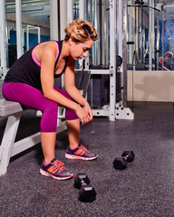 She visualizes the action before picking up the weights