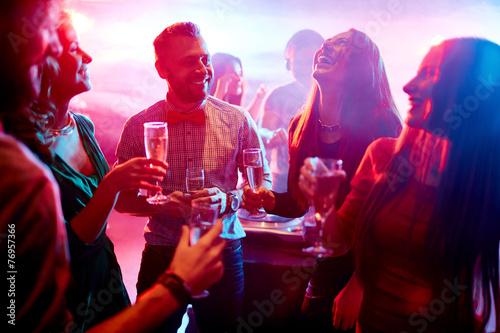 Having fun at party - 76957366
