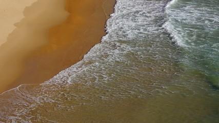 Strand mit Wellen vid 39