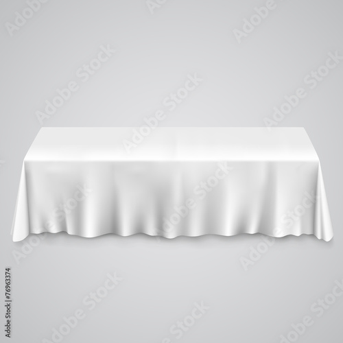 Table with tablecloth - 76963374