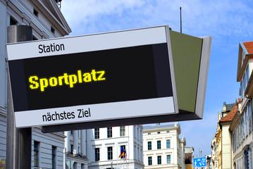 Strassenschild 27 - Sportplatz