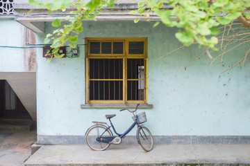 bicycle parking in a old dormitory