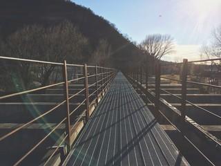 Lungo il viadotto