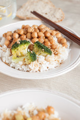 Rice with chickpeas and broccoli