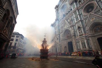 Firenze,lo Scoppio del Carro nel giorno di Pasqua